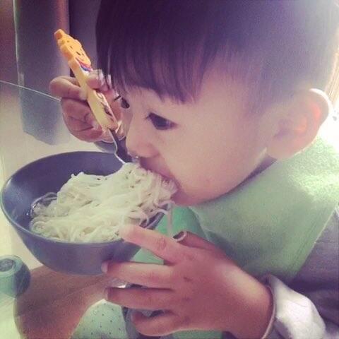 #宝宝#吃面条27m+30-视频宝宝-.韩梅梅.的美酸笋不要和什么一起吃图片