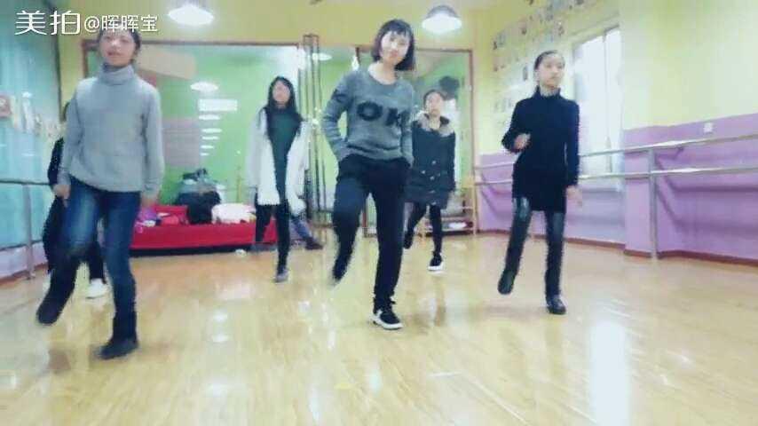 一起嗨一嗨seve,半小时教学,还是不错,能跟的上.#舞蹈图片