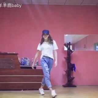 #daddy##敏雅舞蹈#最近走路都带风🙈🙈这支舞蹈真是越跳越喜欢!(容我再发一次)@敏雅可乐 @敏雅音乐 😘😘😘#舞蹈##maj j lee#