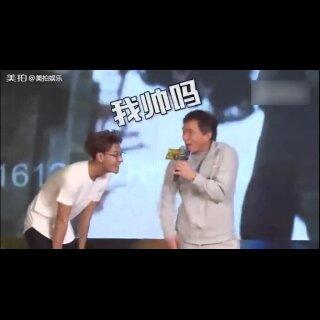 看醉了,#成龙#模仿#黄子韬#笑料百出,简直是模仿界的泥石流啊!