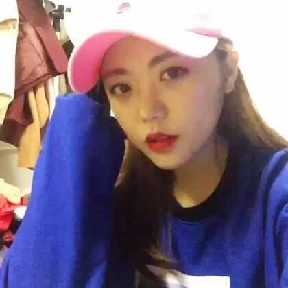 광고아님!!!! 衣服好看死了 哈哈 参加SMTM的Black Nut代言的一个品牌赞助我了这款衣服,好看死了…💕💕 #女神##音乐##韩国人##PUP#