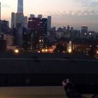 我們 看著 夕陽西下的傍晚.....回到過去!