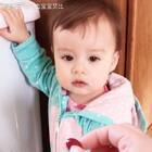 不加糖的蔓越莓真是难吃到反人类啊,连沙子石子狗粮都吃的艾比也接受不了😂 #宝宝##萌宝宝##混血宝宝##混血儿#