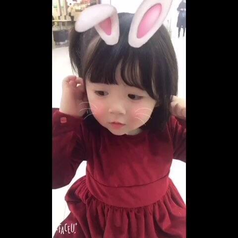 【姚雨晗甜甜美拍】哈喽~我是小兔几哦😛😛#放开我...