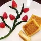 面包是3厘米厚的,一个60g鸡蛋+50ml牛奶,小火煎十分钟。可根据自己用的面包厚度和鸡蛋重量调节牛奶用量#涵子的厨房##宝宝辅食##美食#