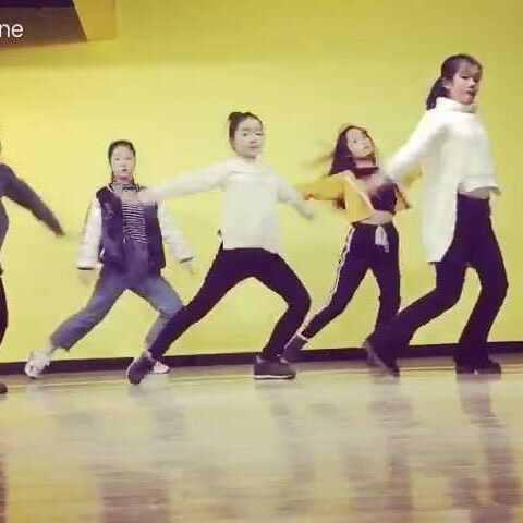 OLLOWME-翼起舞美女爵士舞寒假班的南县美上门服务街舞图片