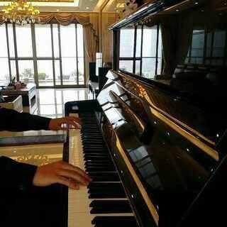 #音乐##钢琴##凉凉# 《凉凉》 最完整版 (应大家期待,奉上三生三世十里桃花片尾曲,亲自精心编配,木有谱子,精确到每一个音符,录制几十遍,高度接近原版,还原最真实的旋律。我的手指会为你奏出不一样的音乐!❤)