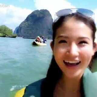 泰国度假vlog2 这是在割喉岛玩皮划艇 太阳镜是bolon的 #美妆时尚##泰国之旅##海边度假#