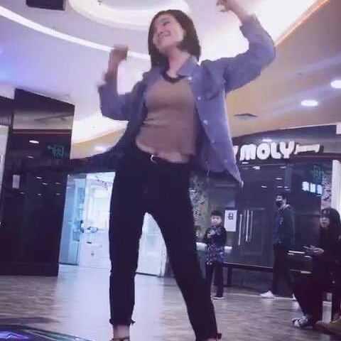 #跳舞机##e舞成名#这个时人发出去,我可就视频流视频图片