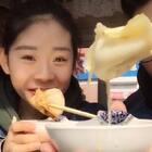 #吃秀##日常#小日常来更新~悠阿悠~驴肉饺子 煎饼果子 火烧 吃起来!