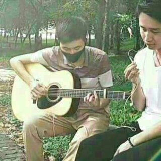 #美拍吉他弹唱大赛#爱情是一场修炼,修炼得当,羽化成仙,否则遍体鳞伤。——『修炼爱情』林俊杰