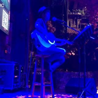 JC 🎸吉他弹唱,陈奕迅《与我常在》#JC 吉他弹唱##一人一句陈奕迅##最爱粤语歌#