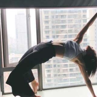 #美拍10秒电影# @CMD舞蹈空间_kiki kiki老师每天都会把自己喜欢的舞蹈做到极致 #精选##瓶什么跳舞#