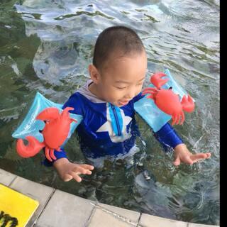 提前给宝贝的儿童节礼物 祝小魔头健康快乐😄@美拍小助手 #宝宝##精选##带着美拍去马尔代夫#
